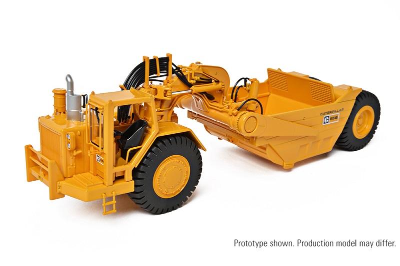 CCM CAT 651B Tractor Scraper 1:48