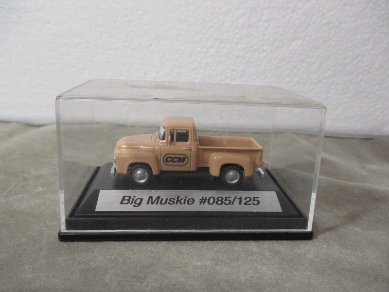 ":CCM Ford Pickup companion to ""Big Muskie"" 1/87"
