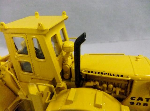 CCM Caterpillar CAT 988 Wheel Loader 1:48 USED
