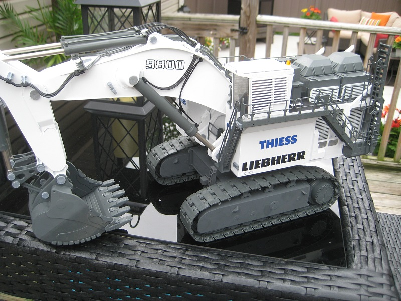 Conrad Liebherr R 9800 Thiess Mining Backhoe 1:50