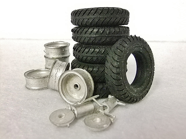 Six Tires & Wheels Set NEW HO/1:87